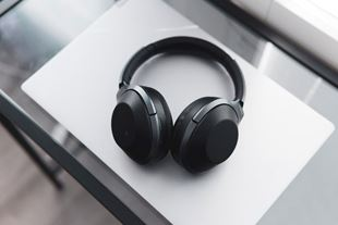 Picture for category Bluetooth headphones