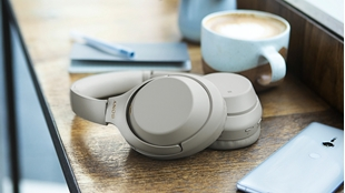 Picture for category On-Ear/Over-Ear Headphones